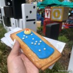 Photos and Review! NEW Seasonal Lemon-Blueberry Lunch Box Tart at Woody's Lunch Box in Toy Story Land!