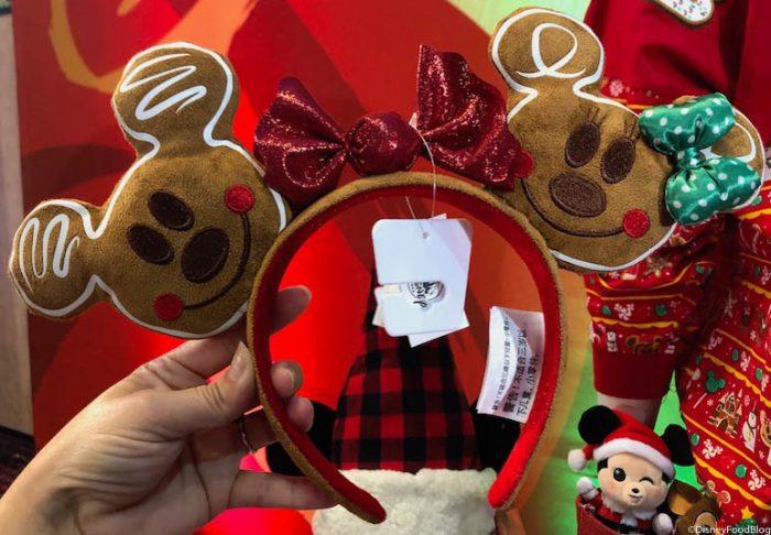 Christmas Minnie Ears 2019.Sneak Peek First Look At Walt Disney World S 2019 Holiday