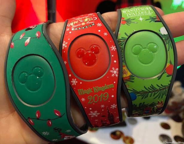 Disney Christmas Magic Bands 2020 SNEAK PEEK! First Look at Walt Disney World's 2019 Holiday