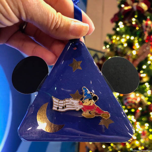 Christmas In July Put In Bay 2019.Sneak Peek First Look At Walt Disney World S 2019 Holiday