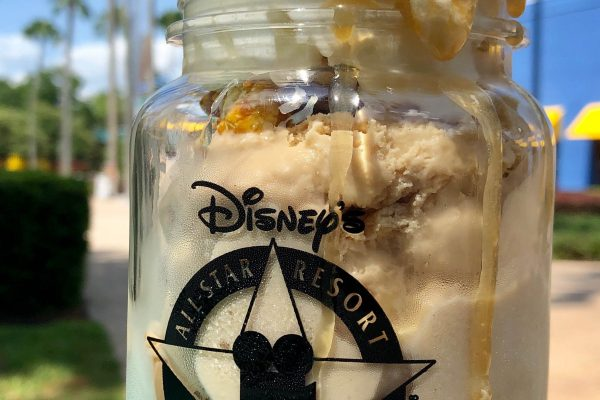 Review: Take a Sweet Trip to the Movies with Disney World's NEW Cinema Popcorn Caramel Sundae!