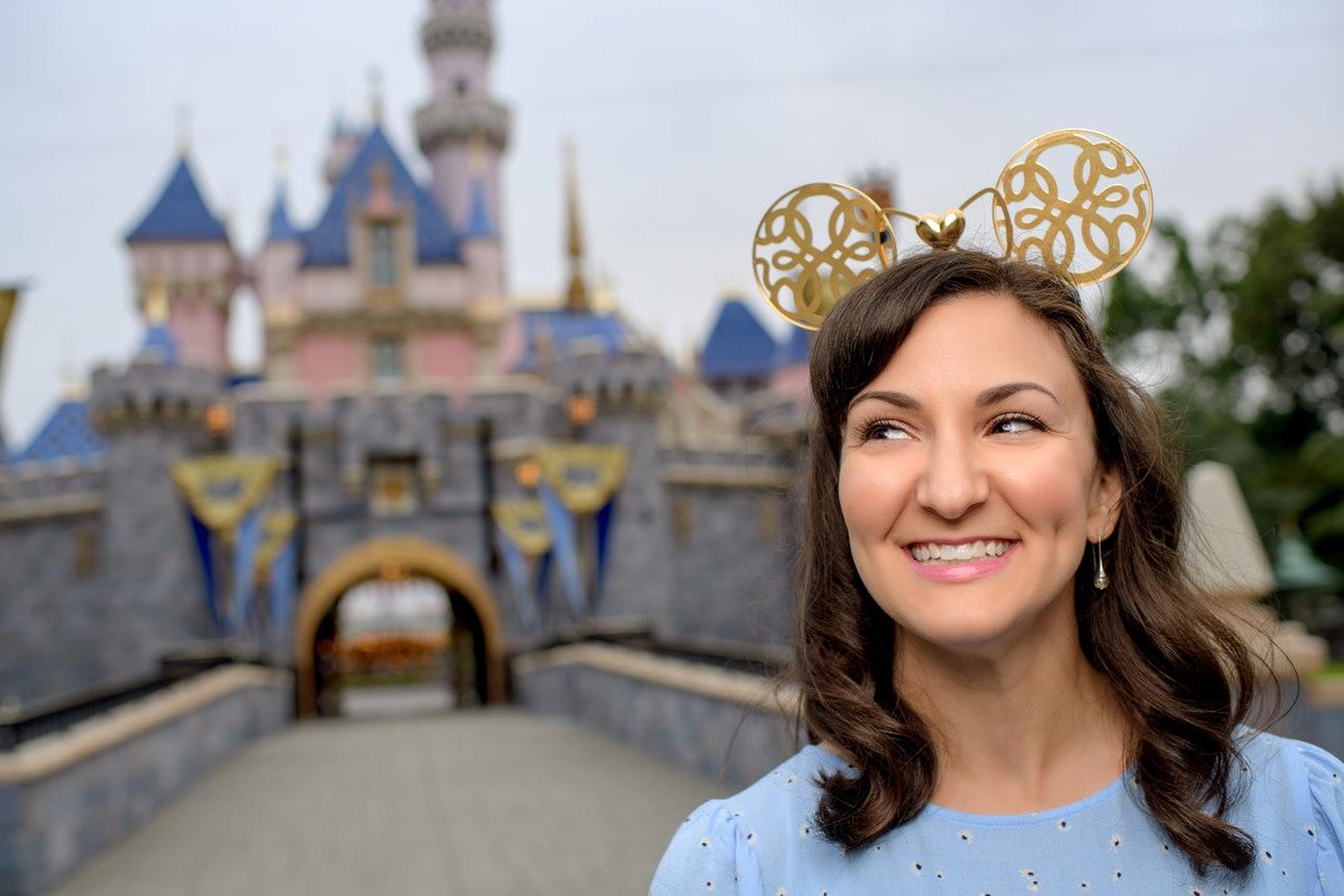In Hand 2019 Disney D23 Expo Designer Collection Tiki Room Ear Hat SHAG