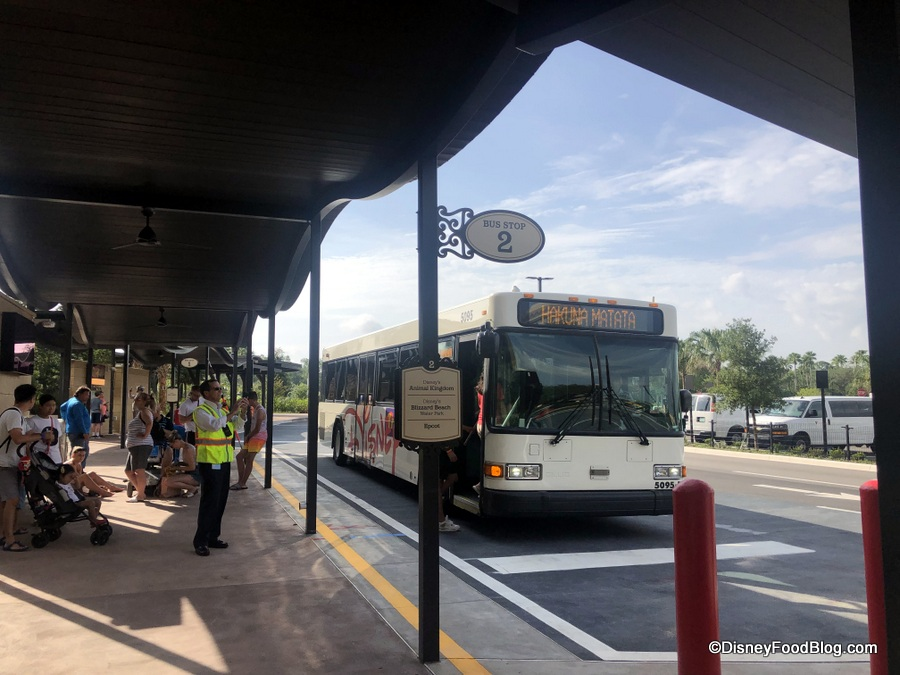 News Select Disney World Resort Buses Now Have Free Wi Fi The Disney Food Blog