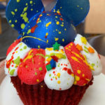 Review: Mickey Firecracker Cupcake at Disney World's Contempo Cafe!
