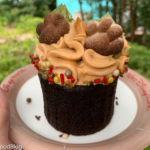 REVIEW AND CUTE ALERT! Disney World's Newest Peanut Butter Cupcake Is The Cat's Meow!