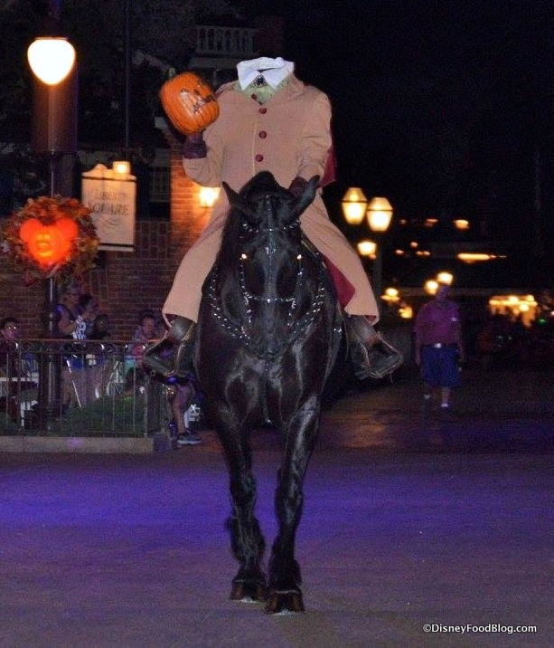 Mickeys Halloween Party 2020 Prices Passholder Disney World Annual Passholders Can Get a Special DISCOUNT on