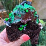 Review and Pics!! Host-A-Ghost Cupcake in Disney World