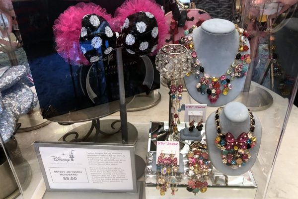 What's New in Disneyland Resort — Betsey Johnson Minnie Ears, Lucky Fortune Cookery's New Menu, and MORE!