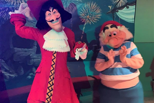 REVIEW: Ahoy Mateys! Set Sail On The Pirates and Pals Fireworks Dessert Voyage in Disney World!