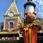 "Say ""Trick Or Treat"" With The DFB Printable Halloween Snack Checklist For Halloween Time in Disneyland!"