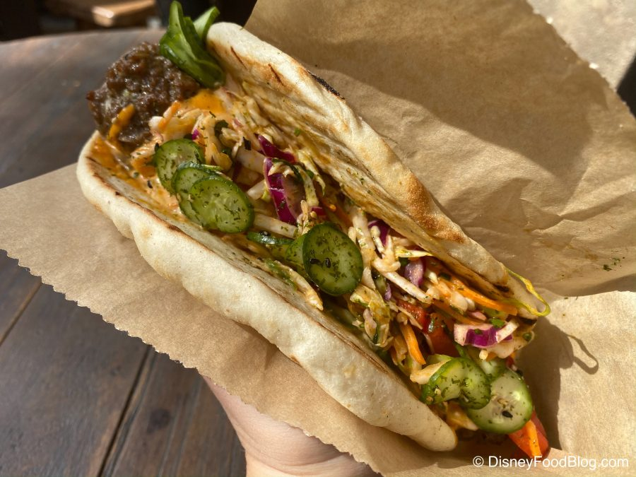 Review And Photos New Ronto Less Garden Wrap At Star Wars Galaxy S Edge In Disneyland The Disney Food Blog