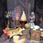 NEW To-Die-For Haunted Mansion DIORAMAS Materialize in Disney World!