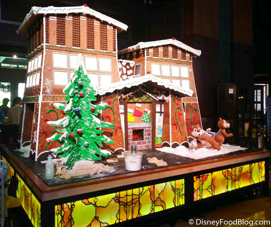 Build Your Own Gingerbread Masterpiece At Disney S Grand Californian Hotel The Disney Food Blog