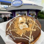 REVIEW! The New S'mores Donut in Magic Kingdom is Out of this World!