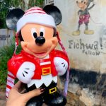 Check Out This SURPRISE Returning Holiday Mickey Popcorn Bucket in Disney World!