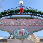 REVIEW: Say Goodbye to Your Fruit Cake, and HELLO to the Christmas Cake in Disneyland!