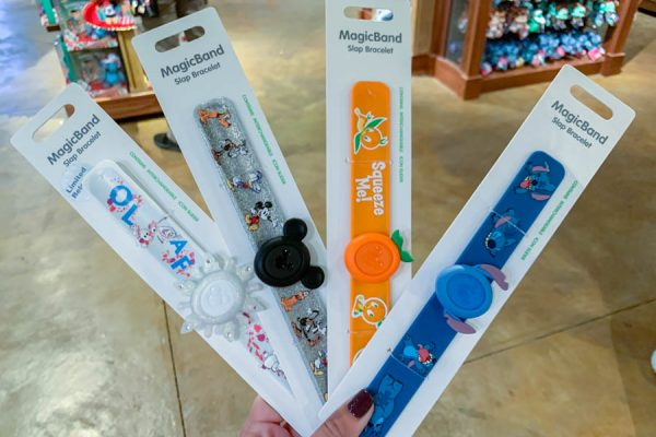 SPOTTED! Slap Bracelet MagicBands are HERE in Disney World!