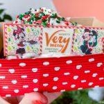REVIEW! Cookie Monster Alert! The Christmas Cookie Milkshake and Sundae Have Arrived in Disney's Magic Kingdom!