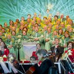News! There's Been ANOTHER Change to the 2019 Epcot Candlelight Processional Narrator Line-Up!
