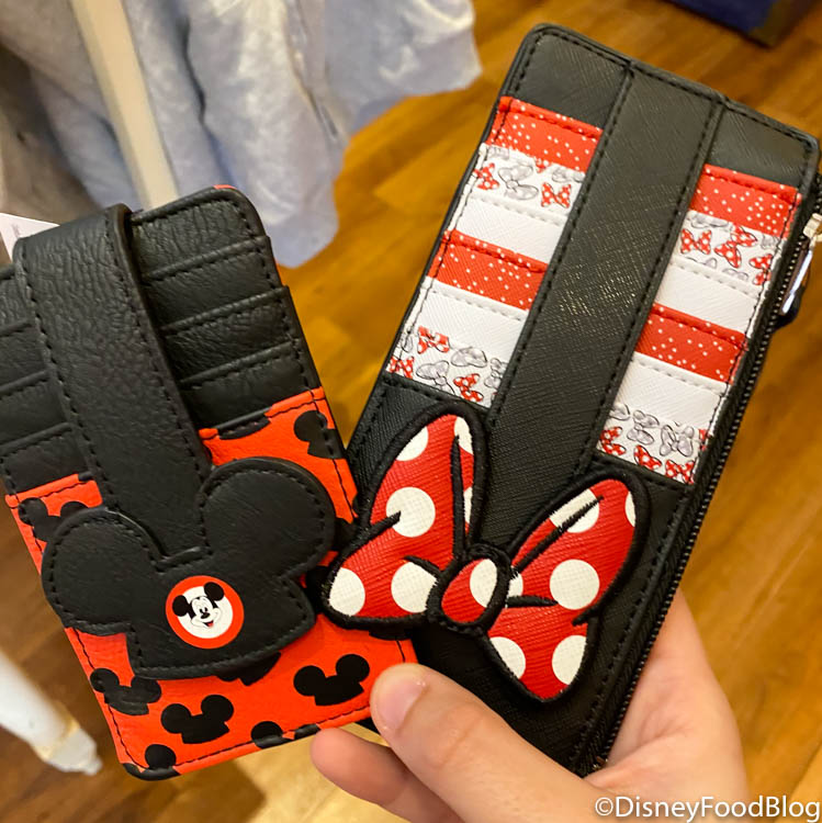 Disney Parks Mickey Mouse Credit Card ID Holder Wallet Icon Hat Ears  New