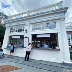 Review! Here's a Look at Regal Eagle's Outdoor Bar in Epcot!