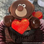 OMG! This New Cupcake in Disney World Looks Just Like a Teddy Bear!