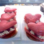 Review! There's a New Limited Time Macaron Sandwich in Disney World!