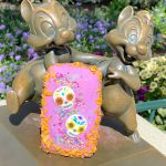 You've Gotta See What's INSIDE of This New Dia de los Muertos Hand Pie in Disneyland!