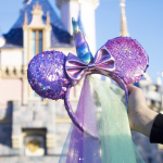 "Minnie Mouse Fans NEED to See These New ""Positively Minnie"" Accessories!"