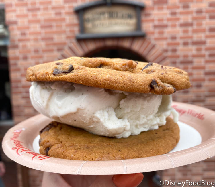 What's New At Magic Kingdom: A Missing Fan-Favorite Snack