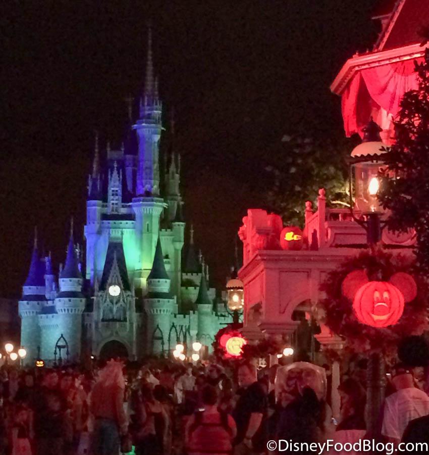 Halloween 2020 Breaking News BREAKING NEWS: Disney World's 2020 Mickey's Not So Scary Halloween