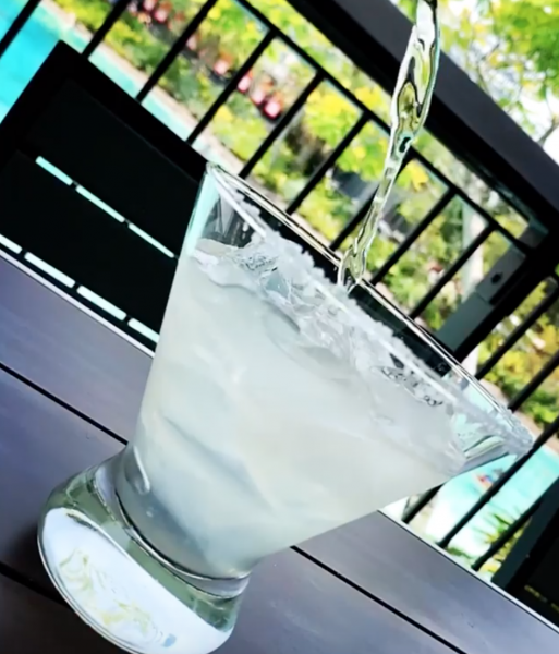 A NEW Limited Time Champagne Margarita Has Popped into Disney Springs!