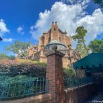 There's Something MAJOR Missing From The Haunted Mansion in Disney World's Magic Kingdom