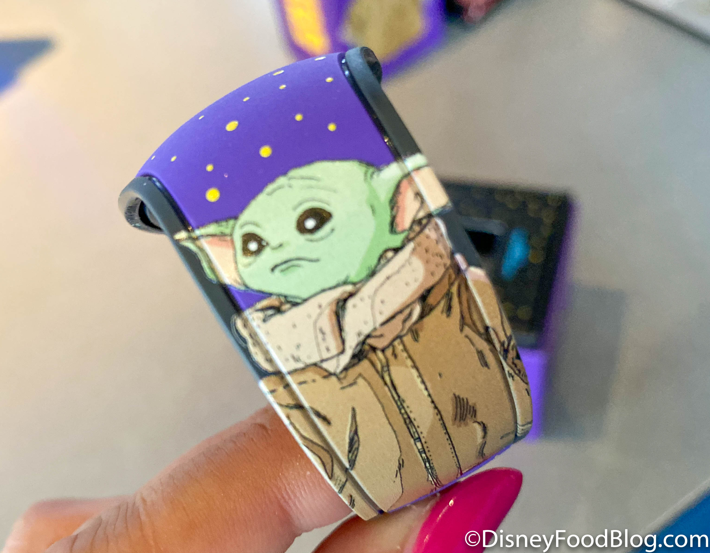 DISNEY PARKS Mandalorian The Child Baby Yoda GREEN Magicband Magic Band 2