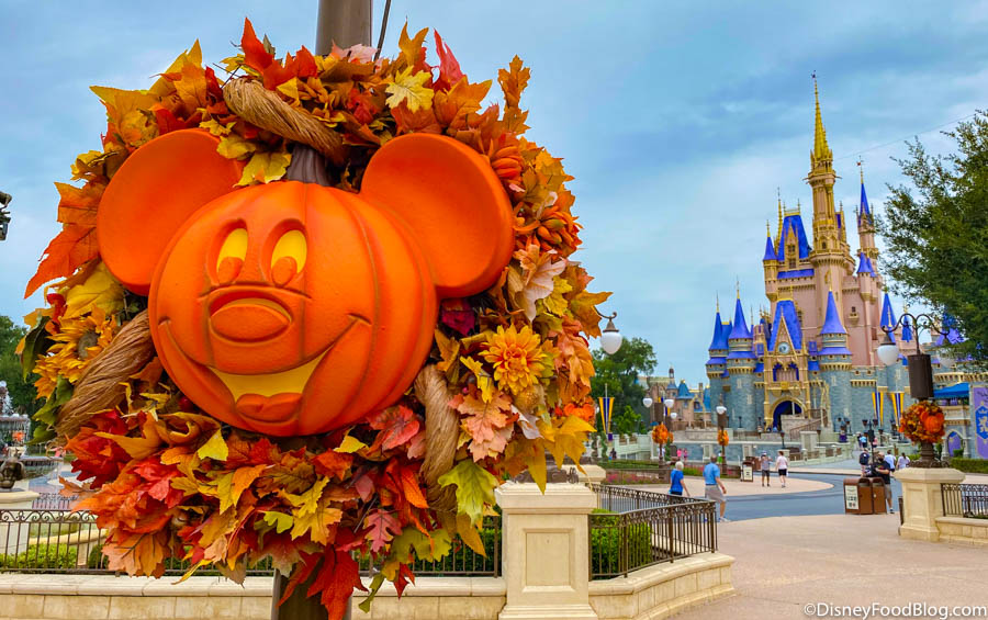 Disney World Halloween Decorations 2020 PICS! The Iconic Mickey Jack O Lanterns Are UP in Magic Kingdom at