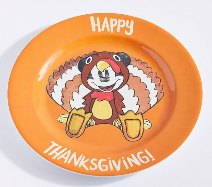 These NEW Disney Thanksgiving Plates Are Perfect For Your Holiday Table!