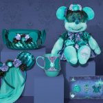 FIRST LOOK at the New Haunted Mansion Minnie Mouse: The Main Attraction Collection!