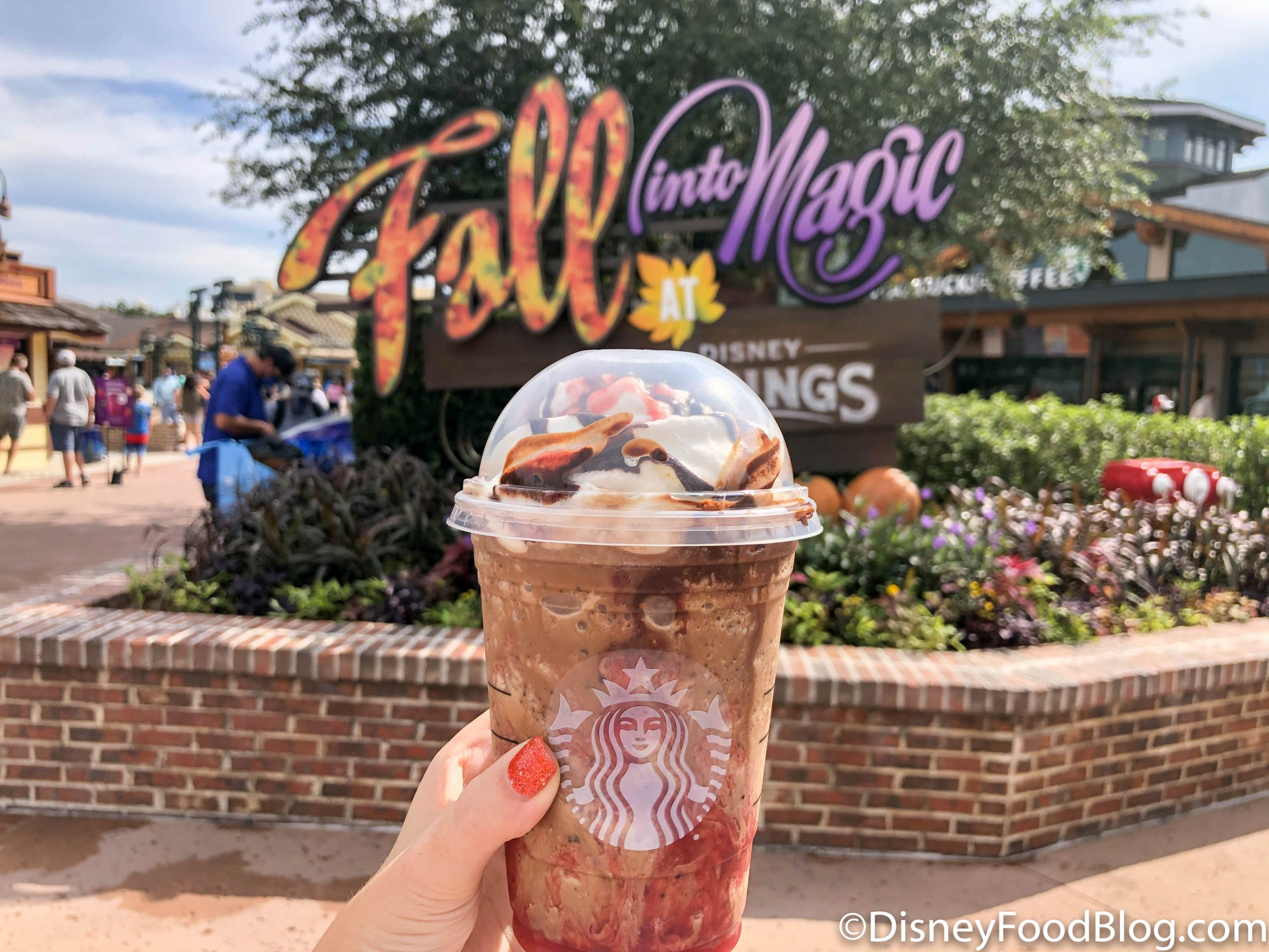 Photos This Halloween Frappuccino Is One Of The Best Speciality Starbucks Drinks We Ve Ever Had The Disney Food Blog