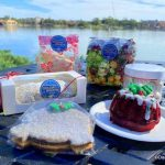 REVIEW! Boozy Shakes and Spaceship Earth Cookies Can Be Found at EPCOT's Holiday Hearth!