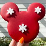 Review! Mickey's Holiday Cookie in Disney World is Full of Joy, Cheer, and Yes, SUGAR!