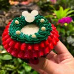 REVIEW: This Disney World Cupcake DELIVERS For Frosting Fans!
