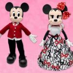 D23 Gold Members Get Early Access to the Mickey and Minnie Valentine's Day Doll Set!