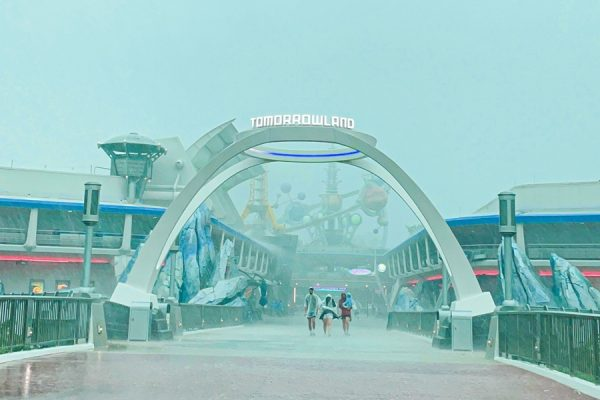 What a 'Severe Weather Warning' Day Looks Like in Disney World