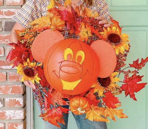 Mallory Erin Makes Fall Wreath